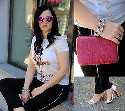 Magda M. - Zara Pants, Awanti Top, Reserved Glasses, Vintage Purse, Reserved Heels - Pyjama party