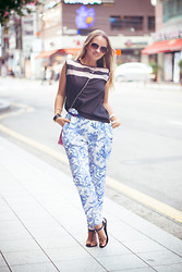 Olga Choi - Sheinside Pants, Julien Top, Balenciaga Clutch Bag, Céline Glasses - Casual spirit