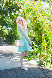 Kailey Flyte - Swaychic Mint Dress, Shell Bag, Asos Shoes - Fairy Floss