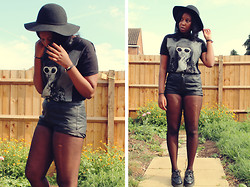Mwandu S - Camden Market Kurt Cobain Tshirt, Topshop Faux Leather Shorts, H&M Floppy Hat, Underground Creepers - Babe don't you understand what you're doing to the man
