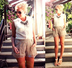 Dany . - H&M Blouse, H&M Shorts - Slow it Down //