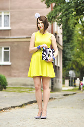 Shiny Syl - New Look Dress, New Look Shoes - Neon dress