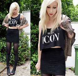 Iggy Stardust - Pull & Bear Croptop, Vintage Blouse - Be an icon