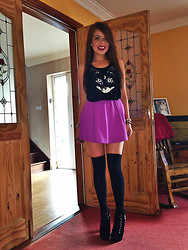 Laura O Connor - River Island Skater Skirt, H&M Tank Top, Primark Knee High Socks - Meowzers.
