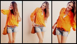 Rafaela Bicas - Hering Jeans, P. Paulina Orange Shirt - Predominantly Orange