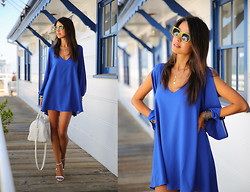 Annabelle Fleur - Lovers + Friends Dress, Bonlook Sunnies, Yves Saint Laurent Bag, Zara Heels - Shades Of Summer + International GIVEAWAY