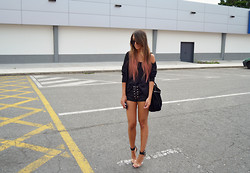 L A - Sheinside Sweater, Tripp Nyc Corset Shorts, Jeffrey Campbell Soiree Shoes - BLACK IS BLACK