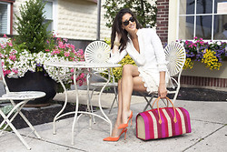 Lindsey Calla - Tory Burch, Piperlime, Manolo Blahnik, Club Monaco, Anthropologie, Piperlime - Sunsetter