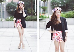 Fhenny Z - Black Blazer, Flower Shorts, H&M Flower Crown, Aldo Nude Pumps, Spike Necklace, Forever 21 Black Tank Top, H&M Rainbow Bracelet - Edge of glory
