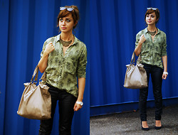 Basia Ewa - Zara Shirt, Mohito Trousers, Stradivarius Bag, Pull & Bear Necklace, Bershka Shoes - :-)
