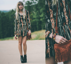 Ashley Treece - Elf Sack Tribal Print Dress, Fringe Bag, Jeffrey Campbell Lita, Oversized Sunnies - TRIBAL