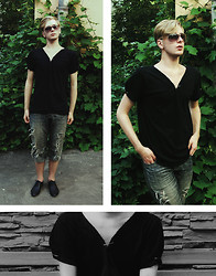 Articus . - Handmade Designed Shirt, Scoh, Ray Ban Sunnies - You know it's true, I'm glad for you
