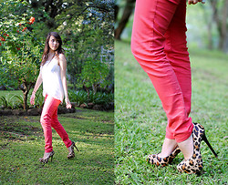 Amparo Zepeda - Steve Madden Shoes, Flamingo Pants - Flamingo