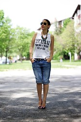 Jovana Bovan - H&M Shorts, Asos Shoes - Alcatraz