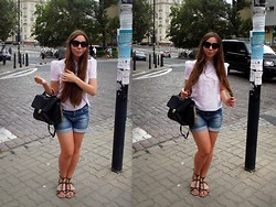 Talia Florence - Vintage Top, Zara Denim Shorts, Marco Valentino Leather Satchel, Clarks Sandals, Mango Cat Eye Sunglasses - Only know you're high when you're feeling low