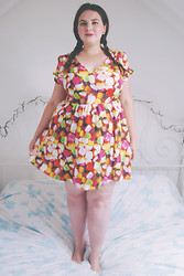 Becky Bedbug - Topshop Sweetie Dress - Best friends means