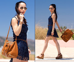 WOWS . - Chic Wish Lace Dress, Mar Bcn Palm Beach 3v Bracelet - NAVY BLUE LACE DRESS