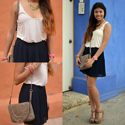 Silvia Fernandez - Stradivarius Top, Zara Skirt, Zara Bag - Colombia