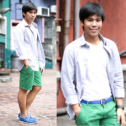 Sef Tiburcio - Dockers Buttoned Down, Uniqlo Shirt, Collezione Shorts, Kyls Boat Shoes - Thinner.