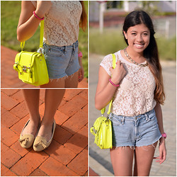 Silvia Fernandez - Zara Top, Levi's® Shorts, Stradivarius Flats - Lace and Neon