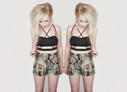 Sammi Jackson - Cutout Crop Top, Cat Tapestry Shorts - CUTOUT CROP + CAT SHORTS