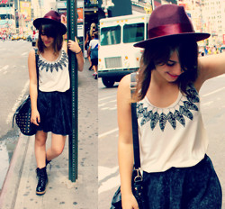 Juliana Clara - Forever 21 Bag, Aldo Hat, Afaze Boots, Street Fair In Ny Tshirt - Fake feather necklace