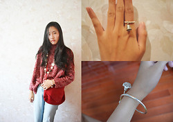 Victoria Wang - Zara Sweater, Necklace, Ring、, Bracelet, Pants - Red on the top
