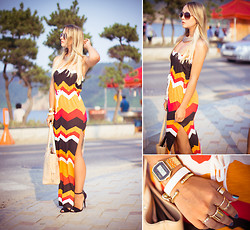 Olga Choi - Asos Dress, Persun Bag, Udobuy Rings - Vamos a la playa