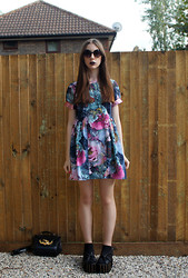 Chelsea Jade - Lashes Of London Dress, Ego And Greed Sandals - Pretty Floral