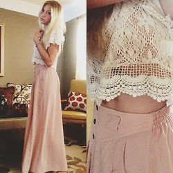 Lauren (s u m m e r) - Piko 1988 Lace Crop Top, Minkpink Sheer Pink Skirt - Baby Lace