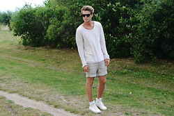 Robin Nilsson - Reunion Shirt, Nn.07 Shorts, Zara Shoes, Ray Ban Shades - WHITE GARDEN