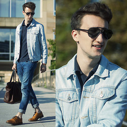 Marcel Floruss - Topman Denim Jacket, Marc By Jacobs Polo Shirt, Coach Shades, Marc By Jacobs Leather Tote, H&M Jeans, Aldo Wingtips - Sun. Days.