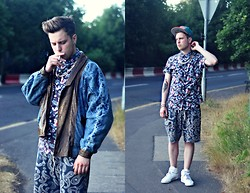 Joe Weightman - Charity Shop Reversible Denim And Leather Jacket, Curb Chain, Topman Hawaiian Shirt, Uniqlo Paisley Shorts, Reebok White Hi Tops, New Era Miami Dolphins Snapcrap - SYMON'S SUPPERS