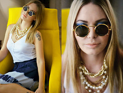 Kseniya Celikdelen - Vintage Glasses, Stradivarius Top - Be Yourself!