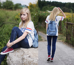 Wiktoria Kkk - Converse - Denim backpack