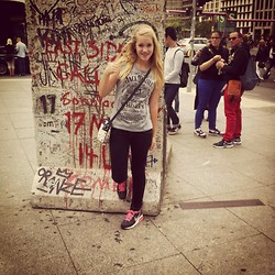 Alice Snowflakes -  - Big city life the berlin wall