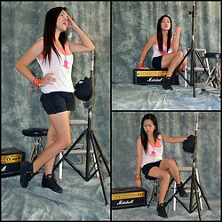 Dalz Salas - Gap Basic White Tee, Everlast Black Boots - You Rock My World