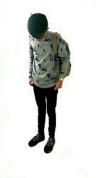 Glendon Thaiw - Asos Biker Sweatshirt, Topman Black Skinny Jeans, Nixon Gold Watch, New Balance 367 - Back to school!