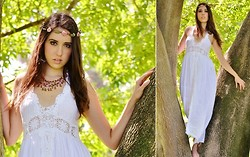 Brigitte Bell - Rose Headband, Rose Necklace, Chycas Boutique White Linen Dress - Midsummer's Night Dream