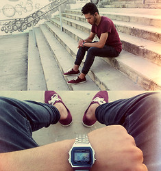 Moha Ouadi - H&M Basic Shirt, Pull & Bear Skinny Jeans, H&M Low Shoes, Casio Whatch - Time is gold·