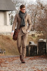 Reider Robert - H&M Suit, Massimo Dutti Shoes, Fossil Bag - Autumn comes slowly