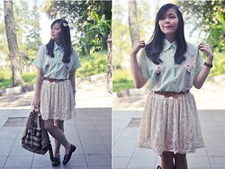Stevia Indrawan - Chicnova Mirrored Rabbit Shirt, Chicnova White Lace Skirt - Back to School Outfit