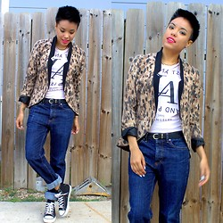 Crystal R. - Urban Outfitters Leopard Print Blazer, Forever 21 T Shirt, Obey Boyfriend Jeans, Levi's® Sneakers - Your boyfriend's jeans