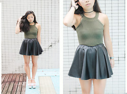 Natalie Chui - Vintage Top, Office Heels - SEVEN NATION ARMY