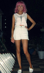 Roxanne Rokii - Rokii Bow Necklace   £4.50, Rokii Pink Stripe Lace Crop Top   £15, Rokii Vintage 1970's Denim Hot Pants - 05-08-13 - Pink Nights