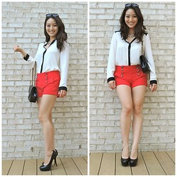 Kimberly Kong - Forever 21 High Waisted Nautical Shorts, Forever 21 Blouse With Black Trim, Candie's Platform Heels, Bally Vintage Patent Leather Crossbody, Chicnova Quadrilateral Pendent Necklace - Come Away With Me