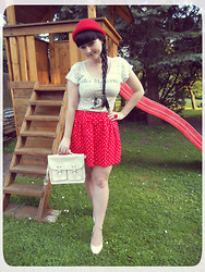 Tereza Saki - H&M Red Bowler Hat, Gate Top With Rabbit, Handmade Red Skirt, Oodji White Satchel, New Yorker Ring With Red Rose, Humanic White Pumps - Lola