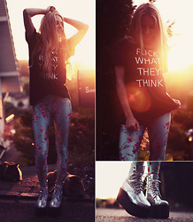 Jessica Christ - Poprageous Leggings, Kyou Tee, Unif Gammaray Boot - F*CK WHAT THEY THINK!