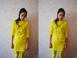 Victoria Wang - Sports Top, Sport Pants, Watch - Yellow wow~