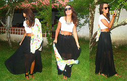 Catarina Santos - Zara Bomber Jacket, H&M Crop Top, Primark Gold Belt - Twirl your skirt